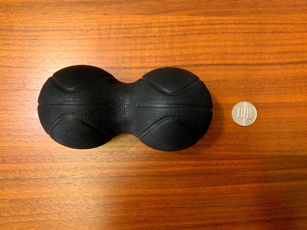 パワーポジションボール 上から100円玉と大きさ比較
